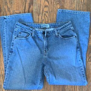 LEVI'S mid-rise bootcut jeans 12M